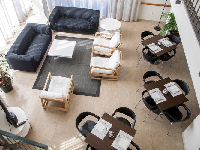 Sala de estar hotel porta de gallecs mollet del vallés