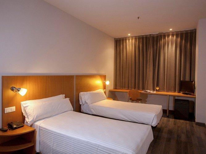 Habitación hotel porta de gallecs mollet del vallés